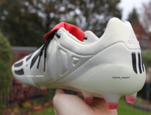 650fbcd8aaac Adidas Predator Mania Champagne football boots review - back view