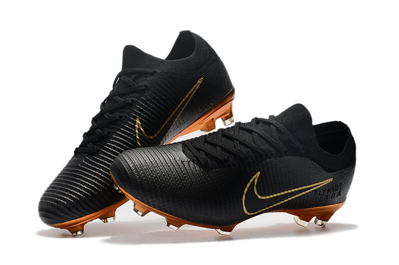 bf37973f1 What boots are Ronaldo
